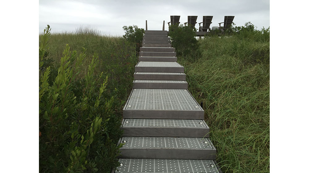 Stairs-Dune-open-grate-3